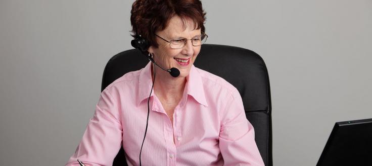 Teilnehmerin mit Headset